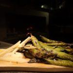 Piselli freschi grigliati e pecorino